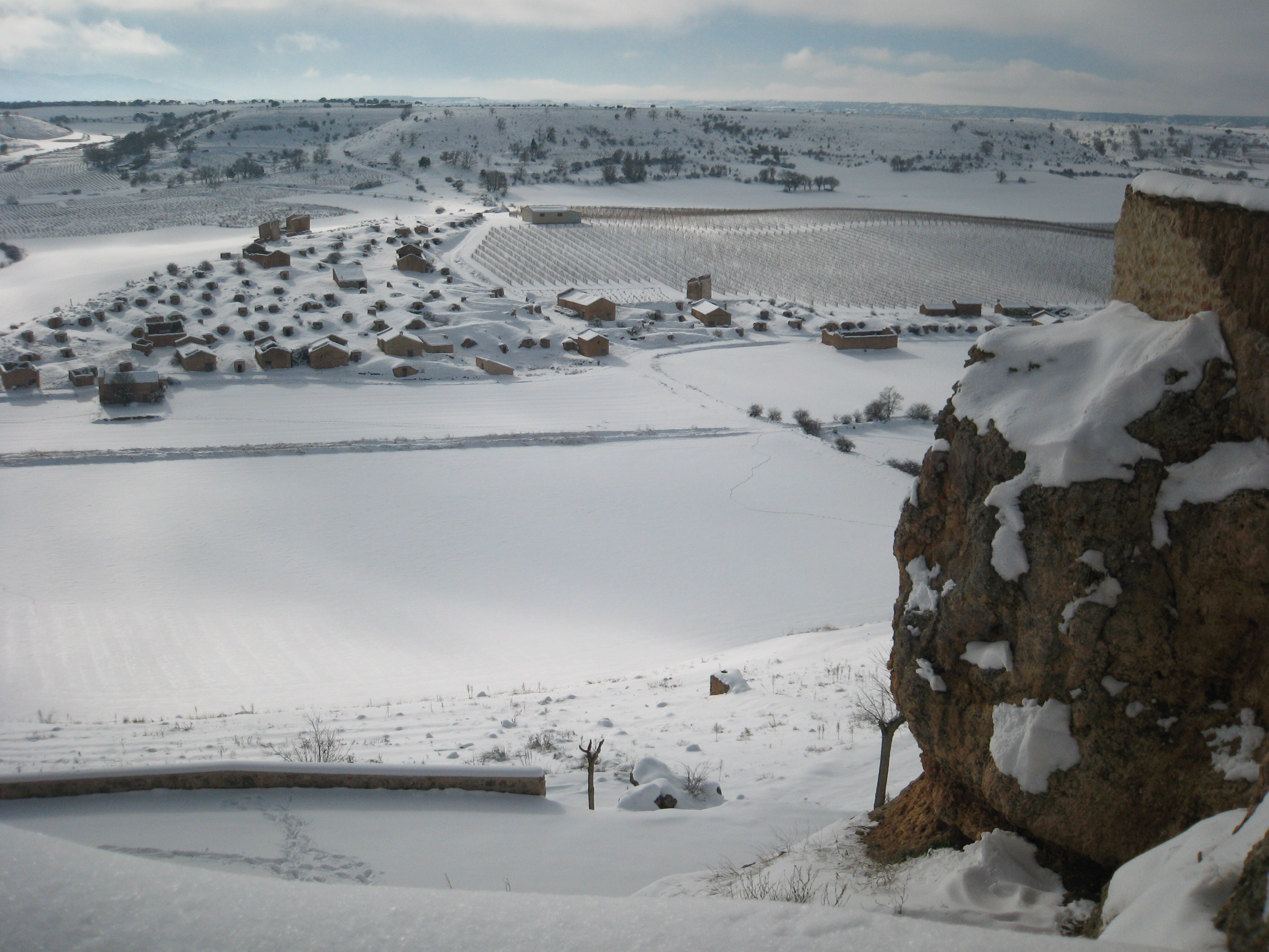 Bodegas de Atauta nevadas