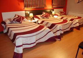 Casa Rural Maribella: Habitación Triple
