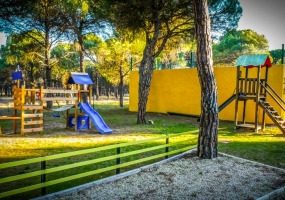 Camping Riberduero Peñafiel_Zona Infantil