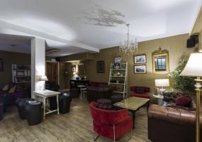 Gastroteca La Pícara Aranda de Duero: Seagram's Gin Lounge Club